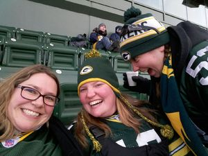 Michelle attended Green Bay Packers vs. New York Giants - NFL Playoffs Wild Card Game on Jan 8th 2017 via VetTix