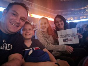 Sarah attended Brad Paisley - Weekend Warrior World Tour With Dustin Lynch, Chase Bryant and Lindsay Ell on Apr 26th 2018 via VetTix