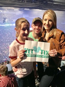 Click To Read More Feedback from Blake Shelton - Doing It to Country Songs Tour - Centurylink Center Omaha