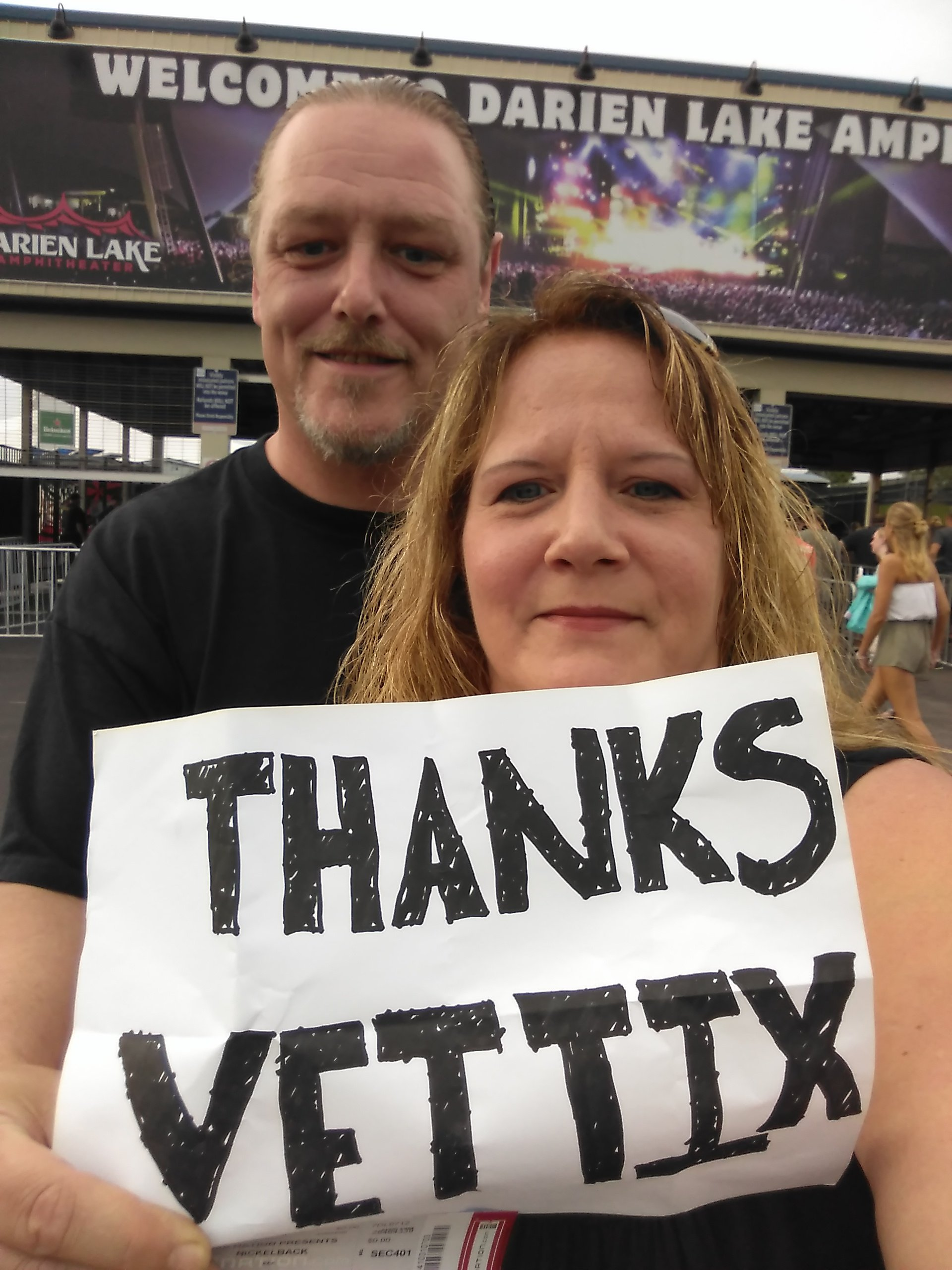 Thank you messages to veteran tickets foundation donors traci attended nickelback feed the machine tour with special guest daughtry and shamans harvest on m4hsunfo