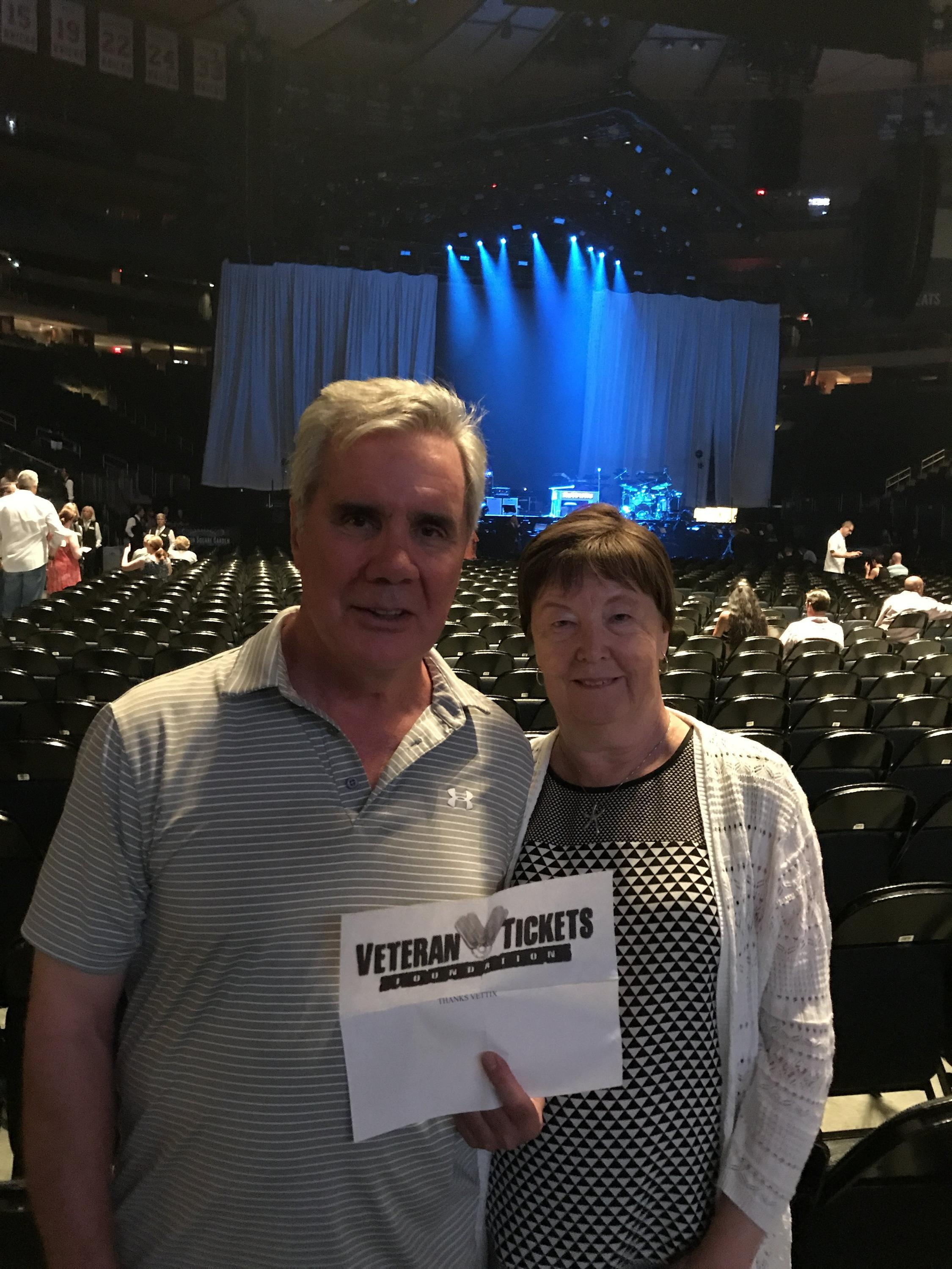 Thank you messages to veteran tickets foundation donors ian attended lionel richie and very special guest mariah carey on aug 19th 2017 via vettix kristyandbryce Gallery