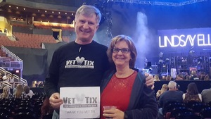 Stephen attended Brad Paisley - Weekend Warrior World Tour With Dustin Lynch, Chase Bryant and Lindsay Ell on Jan 27th 2018 via VetTix