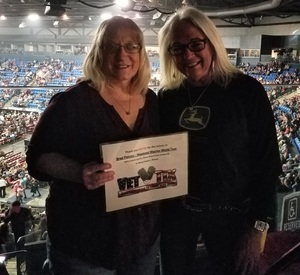 Patsy attended Brad Paisley - Weekend Warrior World Tour With Dustin Lynch, Chase Bryant and Lindsay Ell on Feb 15th 2018 via VetTix