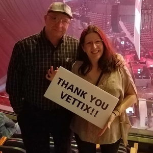 Thomas attended Blake Shelton With Brett Eldredge, Carly Pearce and Trace Adkins on Mar 8th 2018 via VetTix