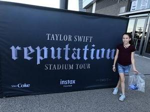 Crystal attended Taylor Swift Reputation Stadium Tour on May 8th 2018 via VetTix