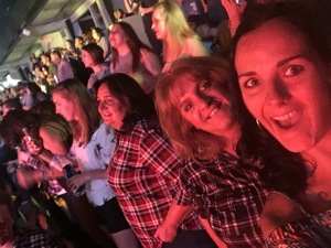 Nicole attended Cole Swindell and Dustin Lynch: Reason to Drink Another Tour on Nov 2nd 2018 via VetTix