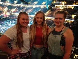 Michele attended Soul2Soul Tour With Tim McGraw and Faith Hill on Aug 17th 2017 via VetTix