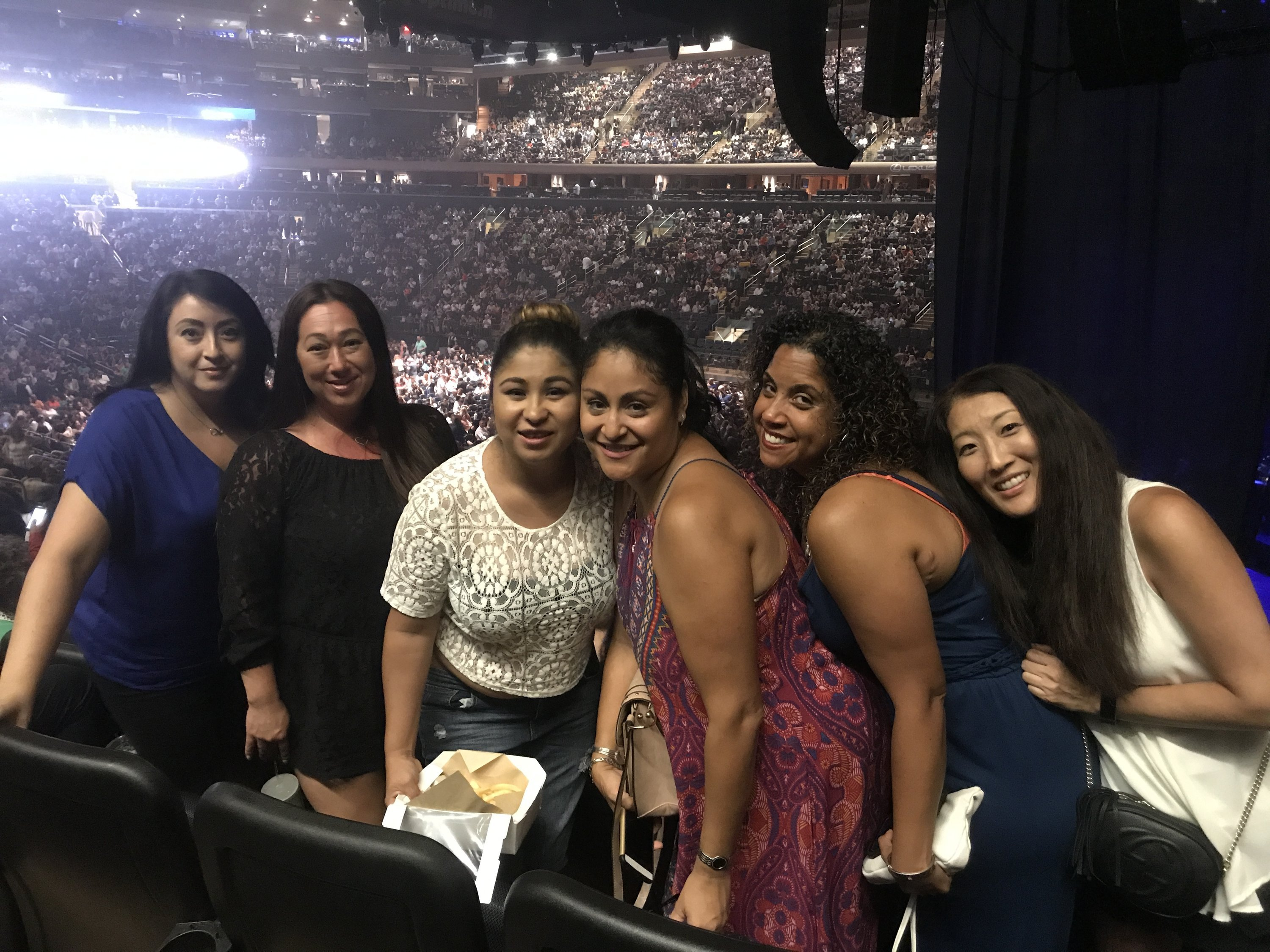 Thank you messages to veteran tickets foundation donors veronica attended lionel richie and very special guest mariah carey on aug 19th 2017 via vettix kristyandbryce Gallery