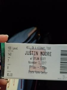 Amanda attended Justin Moore: Hell on a Highway Tour on Nov 3rd 2017 via VetTix